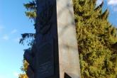 LOBEZ-Swietoborzec-pomnik-2009-001