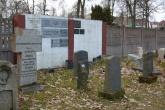 LOBEZ-cmentarz-2009-002